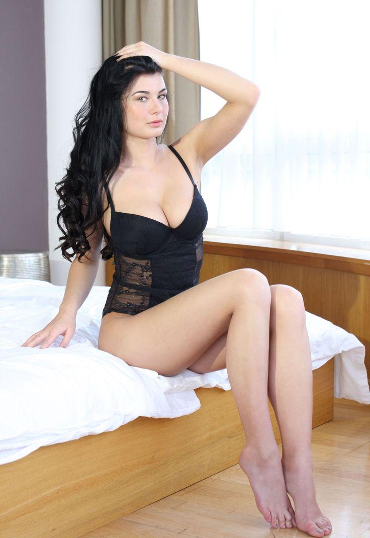Skinny naked girl on knees