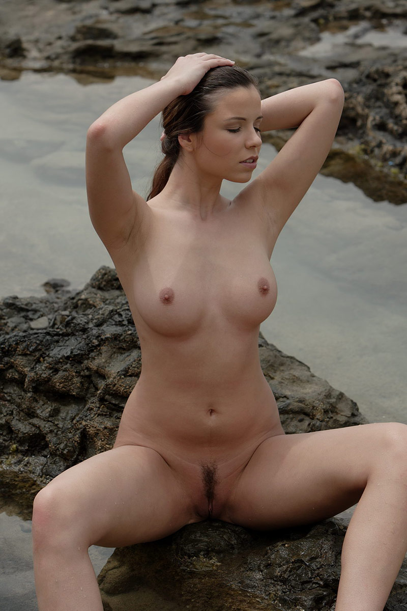 Ha ji nude won