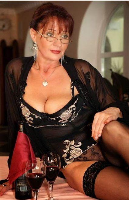 Huge tits wife homemade