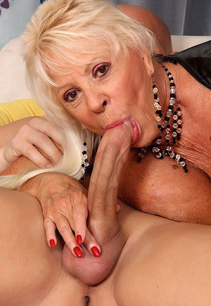 Granny blowjob galleries