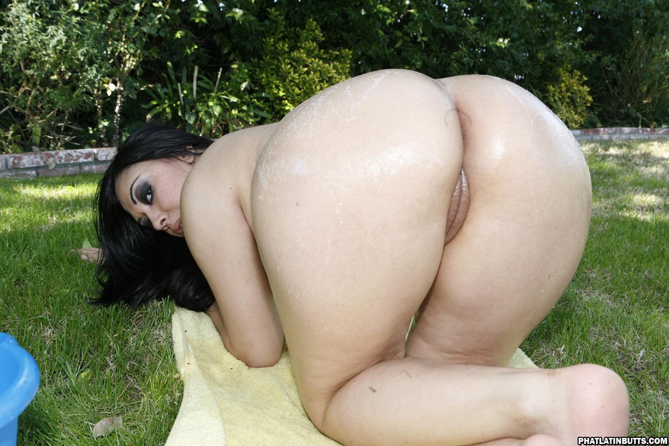 Brazilian booty club sex