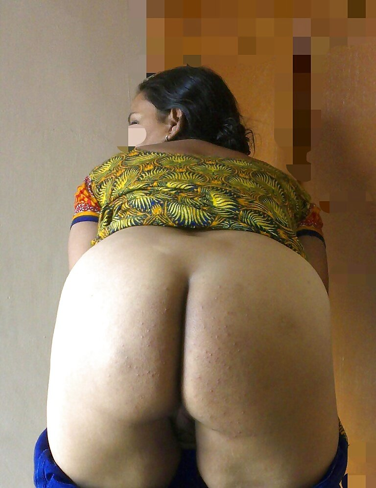 Chubby white girl big tits porn