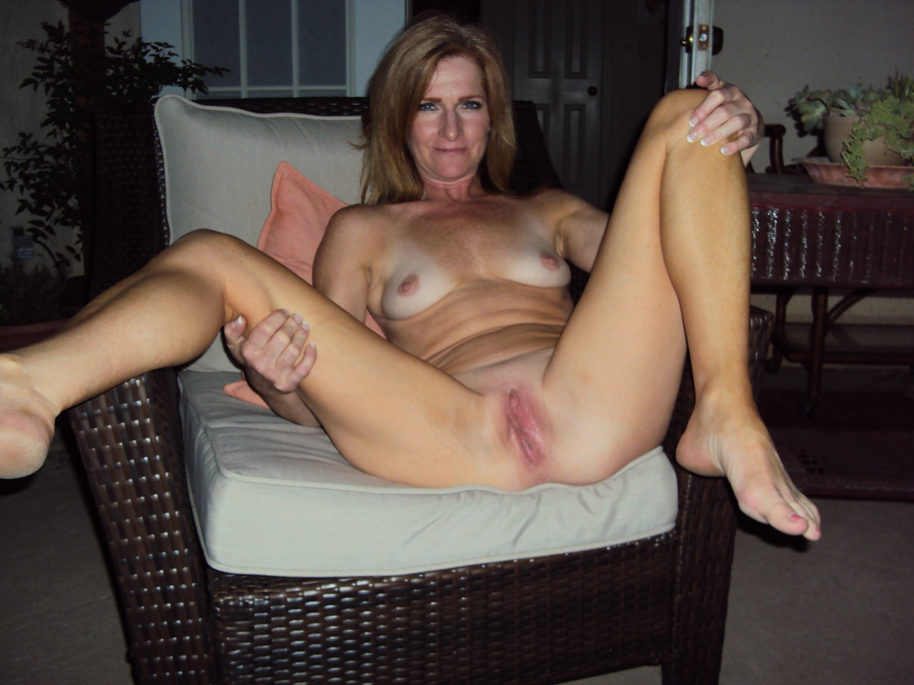 thick black mature pussy