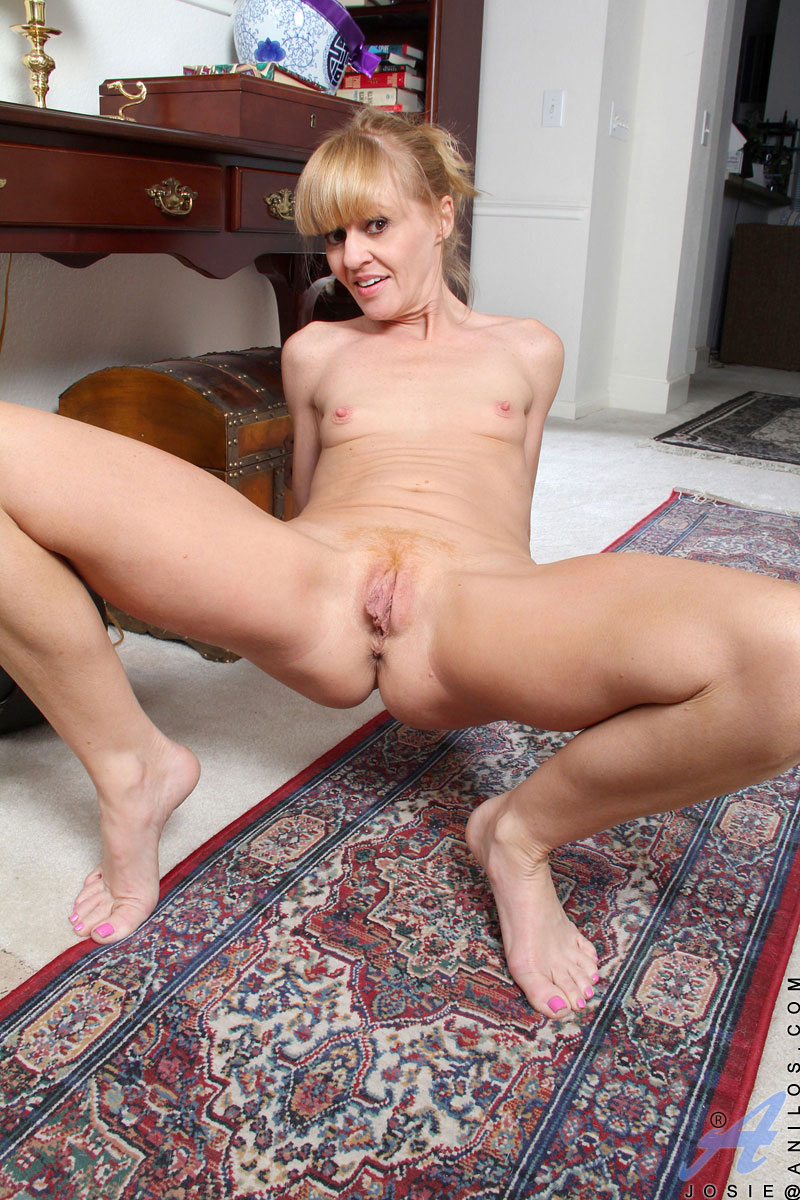 Nicole fox nude
