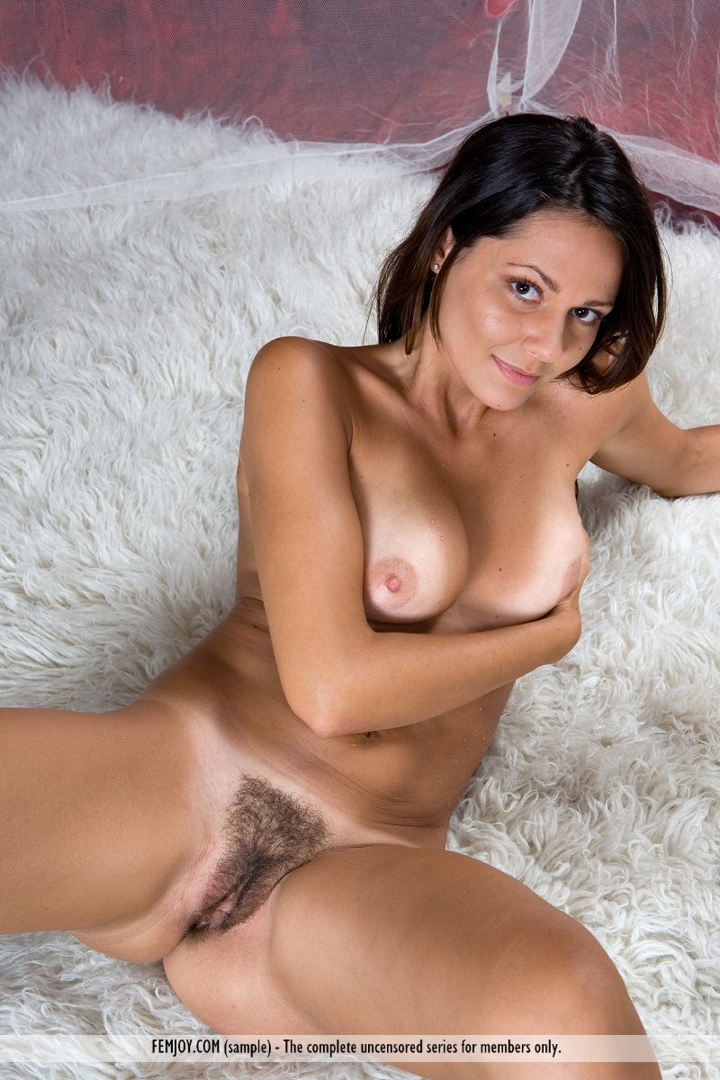 chiara carpet Femjoy magic
