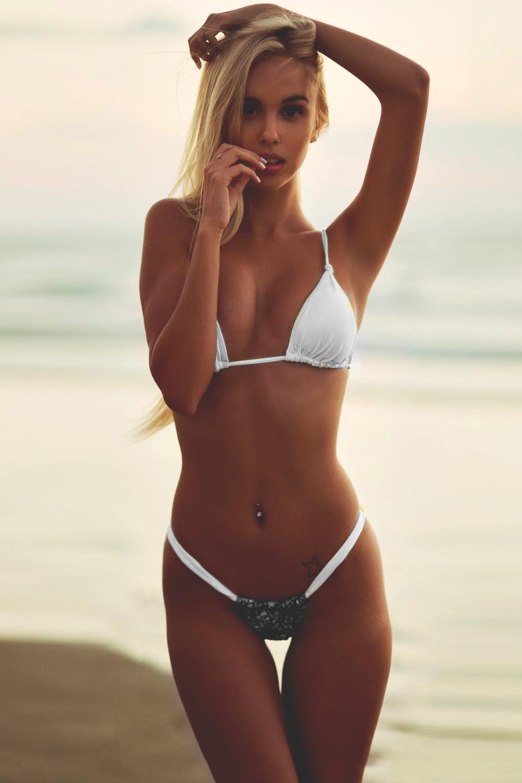 Very skinny hot babe