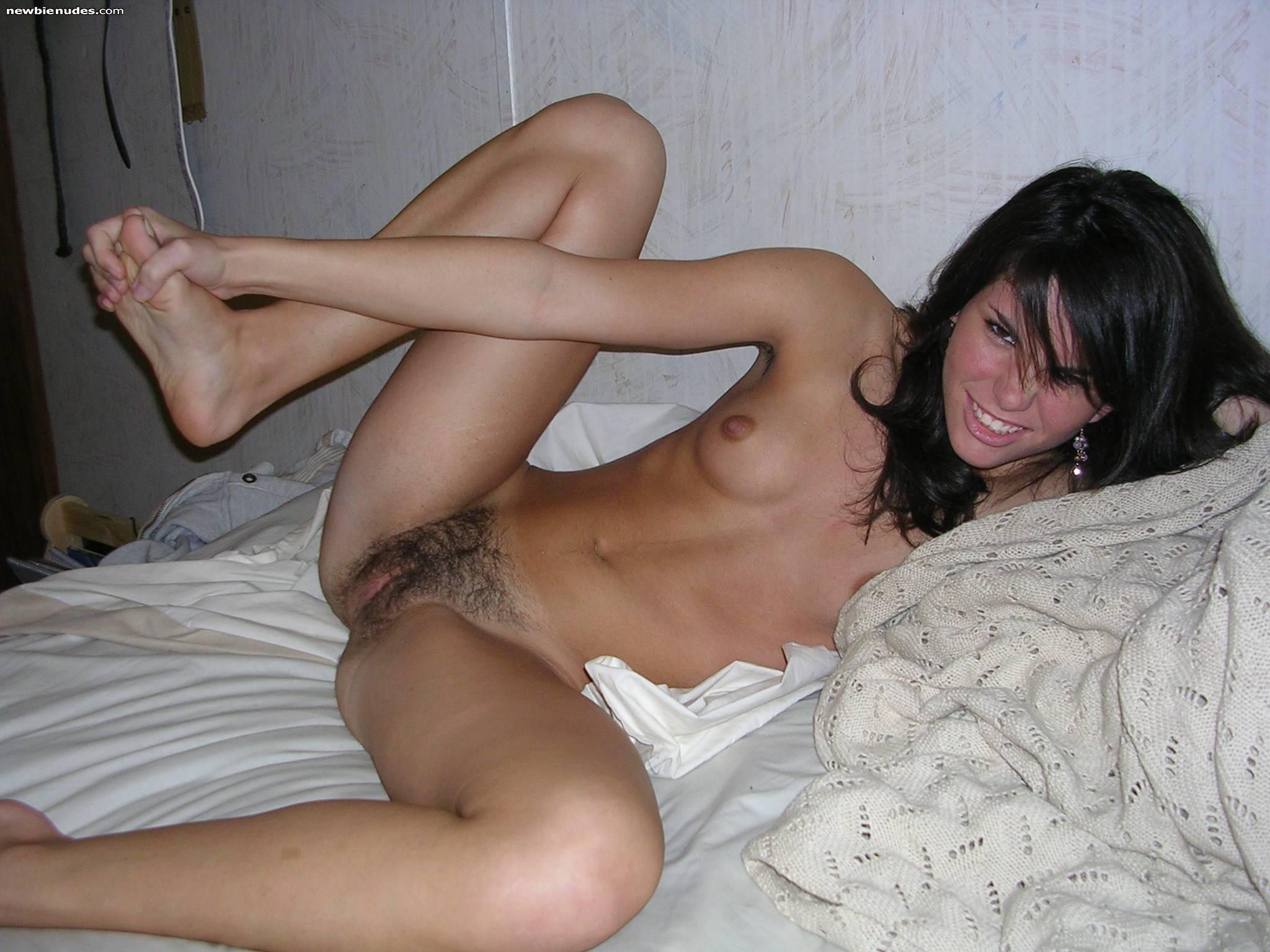 Pretty girls pissing