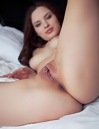 Hot haley bennett naked