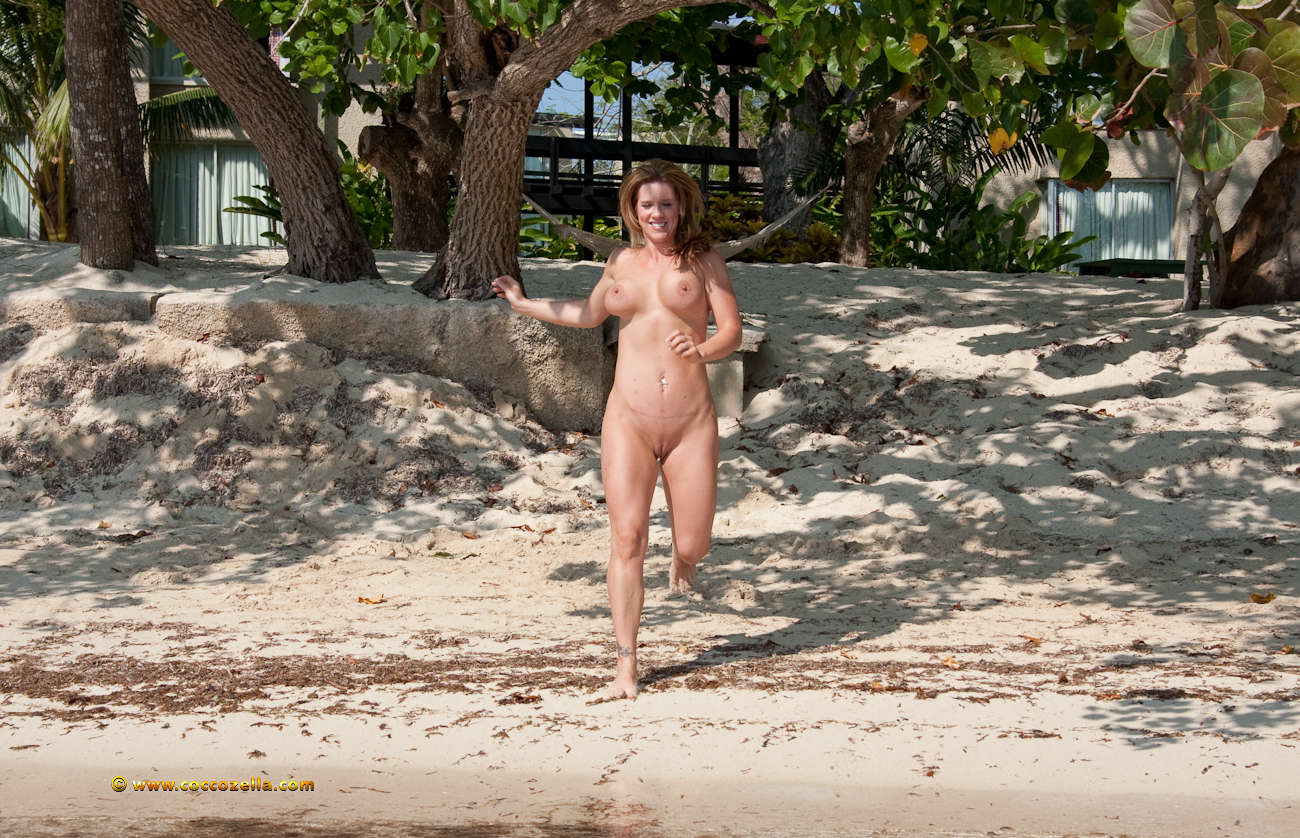 Nude Gymnastic women