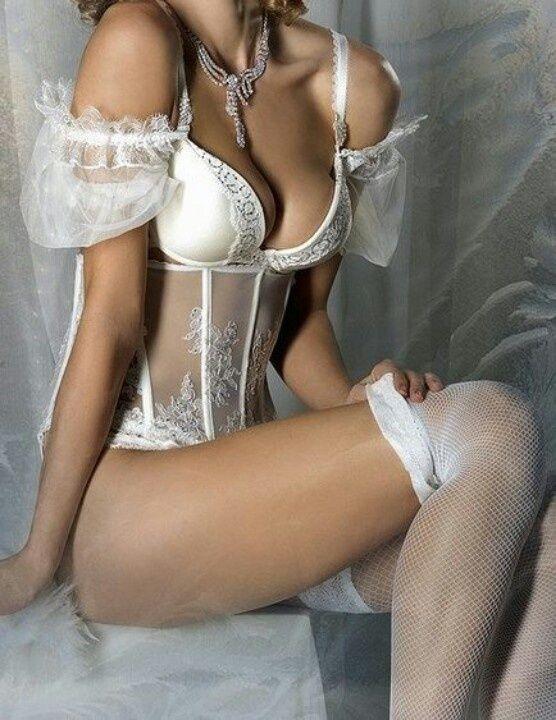 Hot mature milf bikini