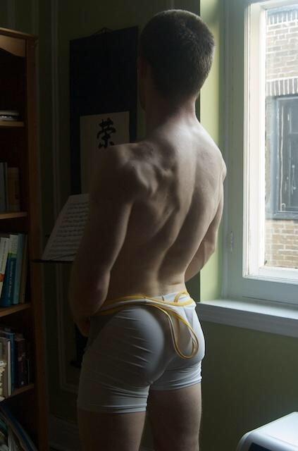 Kristen bjorn men naked