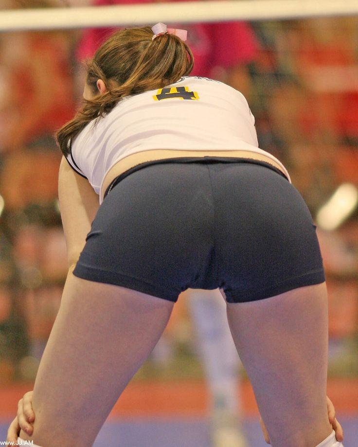Kari sweets ass