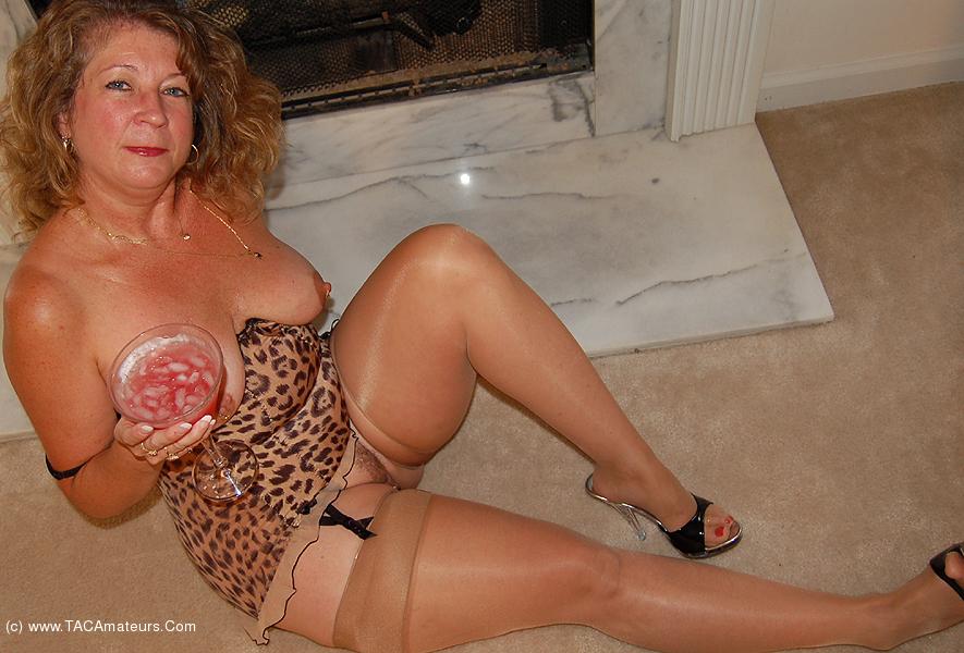 Elisabeth cavallotti nude