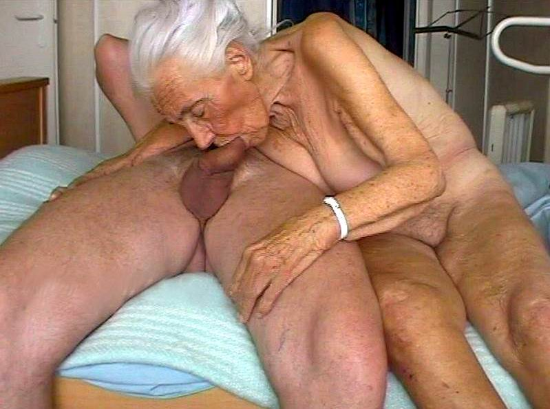 Old cock sucking women