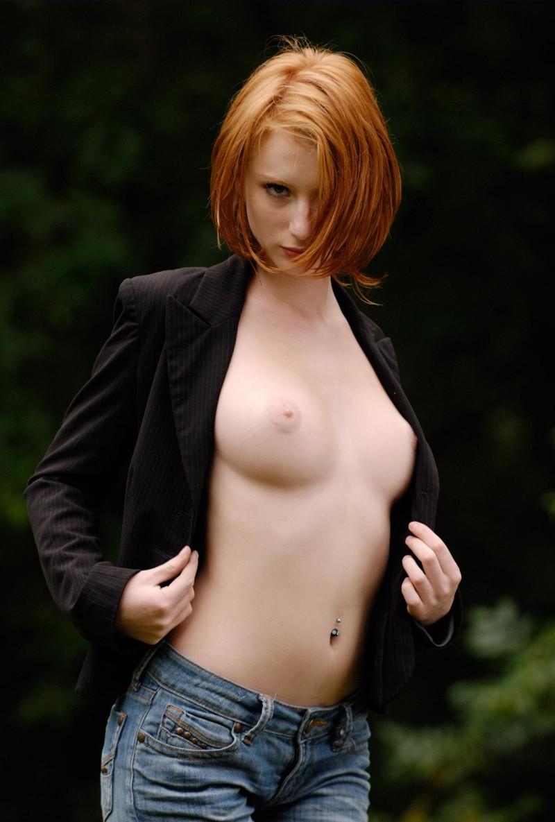Huge bouncing boobs vids