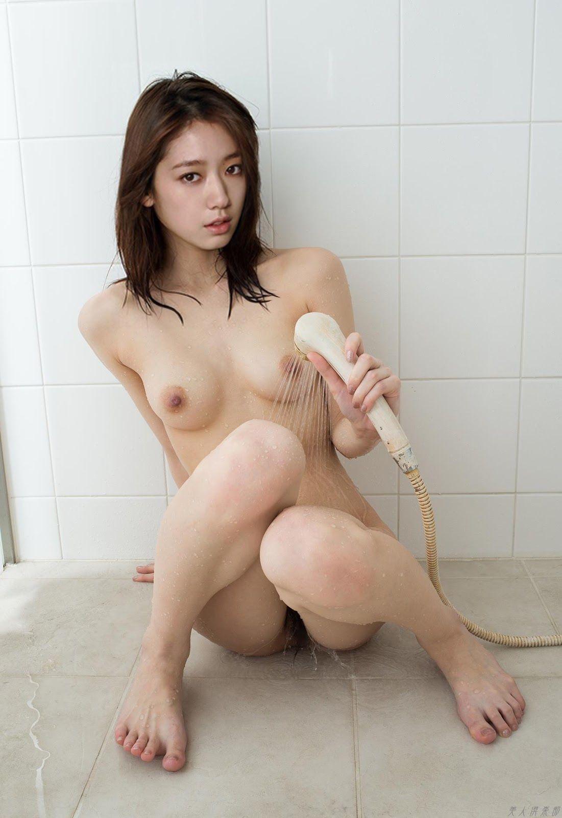 big boob babe pics