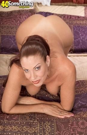 Ebony bondage big tits chubby black pussy