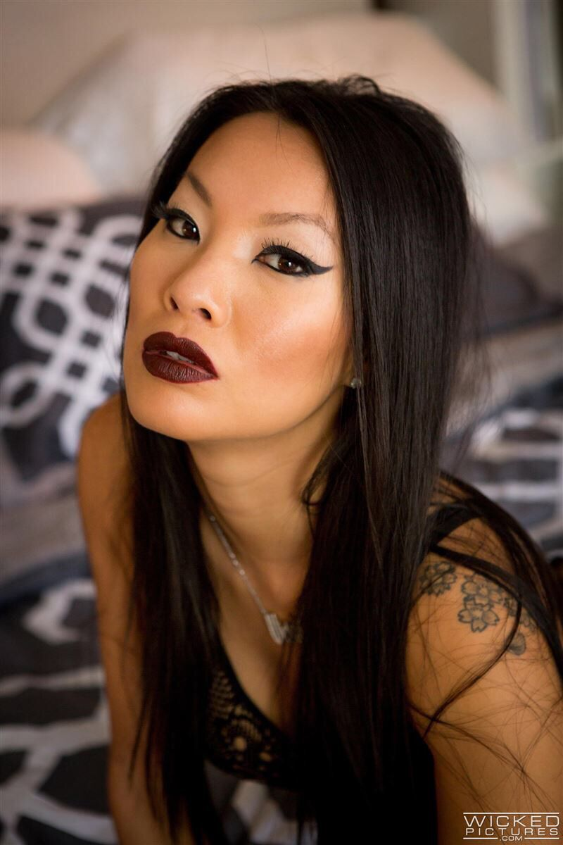 Women oral pleasure
