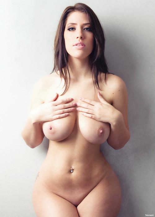 photos pornstars Wide hips on