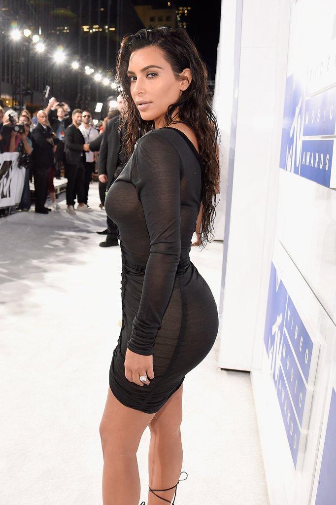 Side veiw tits