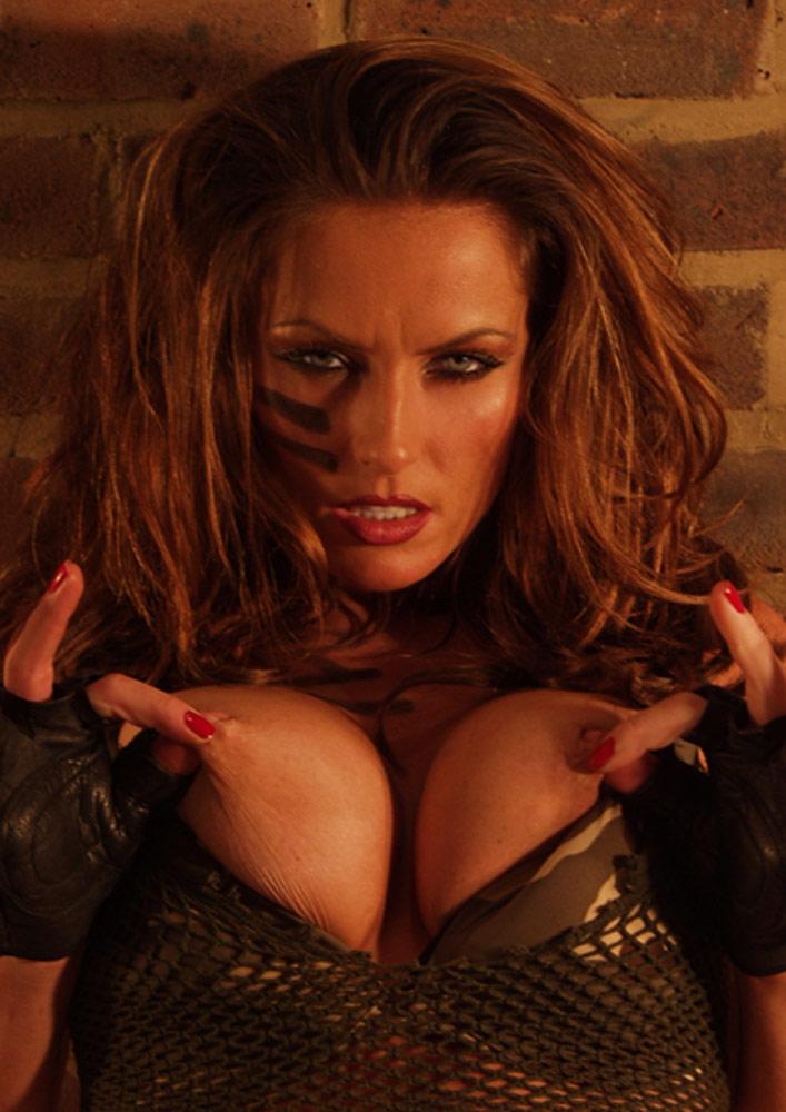 Giada de laurentiis cleavage