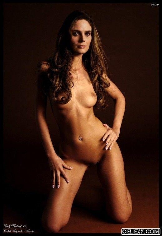 Best celebrities nude