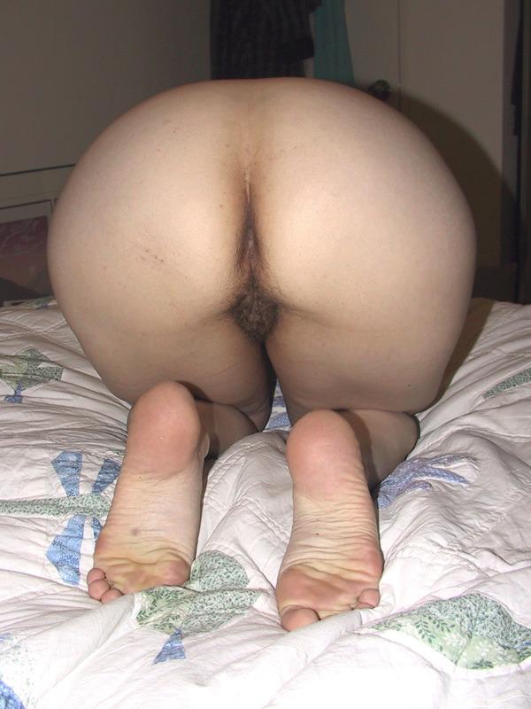 Hot mature black pussy