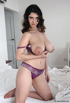 Naked amateur asian pussy