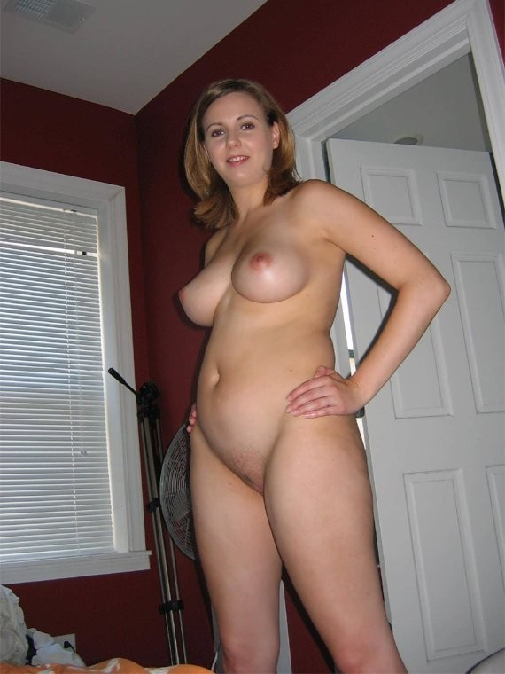 Skinny girls all oiled up
