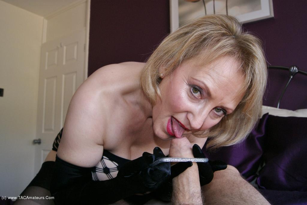 Tit sucking porno